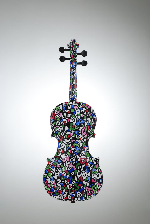 "Violin ""Spring"", painted by Elena Birkenwald in 2007"