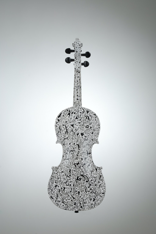 "Violin ""Winter"", painted by Elena Birkenwald in 2005"